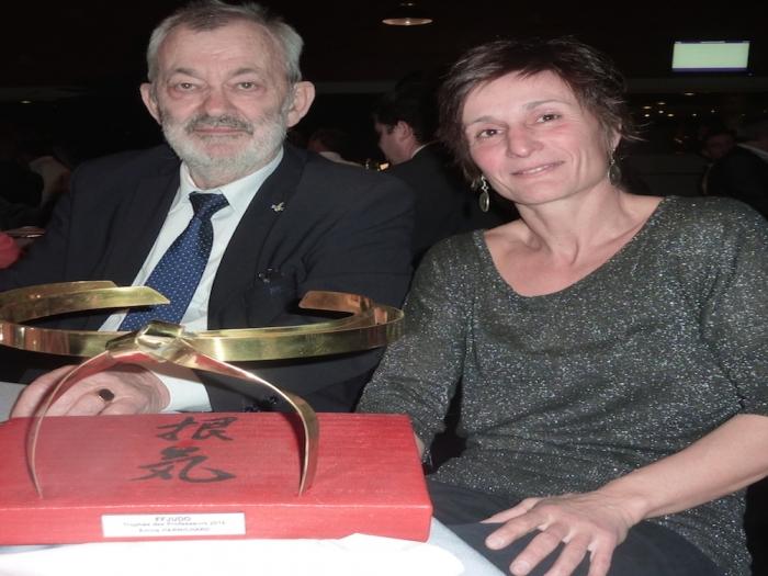 EMILIE HARNICHARD reçoit le «TROPHEE DES PROFESSEURS 2016»